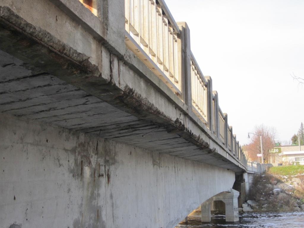 Teeswater River Bridge east sidewalk photo
